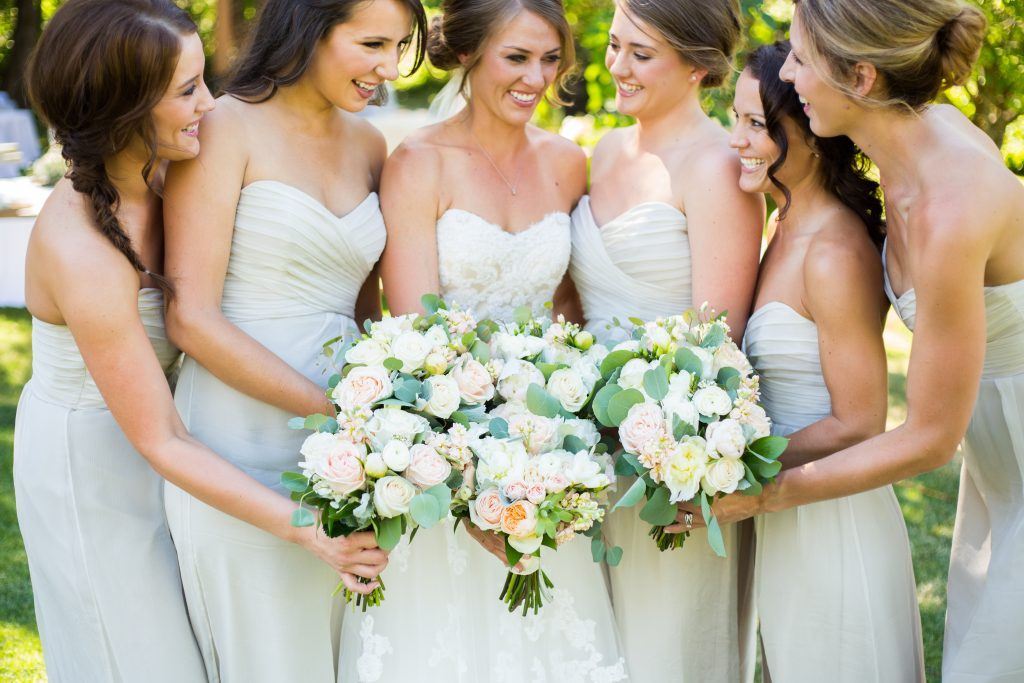 beautiful-wedding-bouquets-florist-www-rpimagery-com-lakechelanflowers-com-lakechelanweddingrentals-com