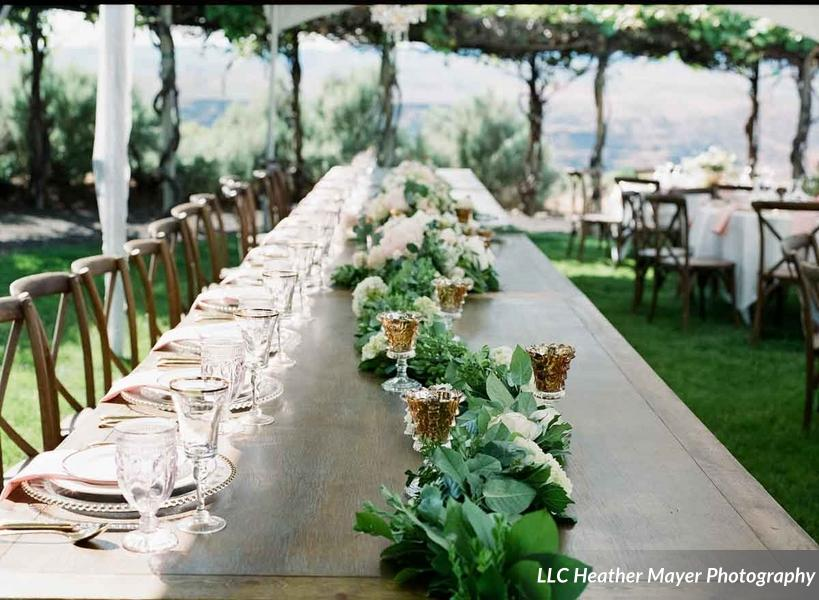 farm-table-head-table-floral-rustic-x-back-chairs-garland-florist-caveb-com-lakechelanweddingrentals-com-lakechelanflowers-com-heathermayerphotographers