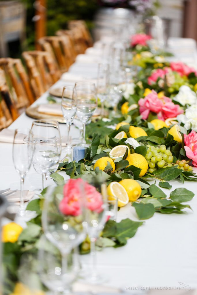 Head table garland - lakechelanflowers.com- soperphotography.com - greenery